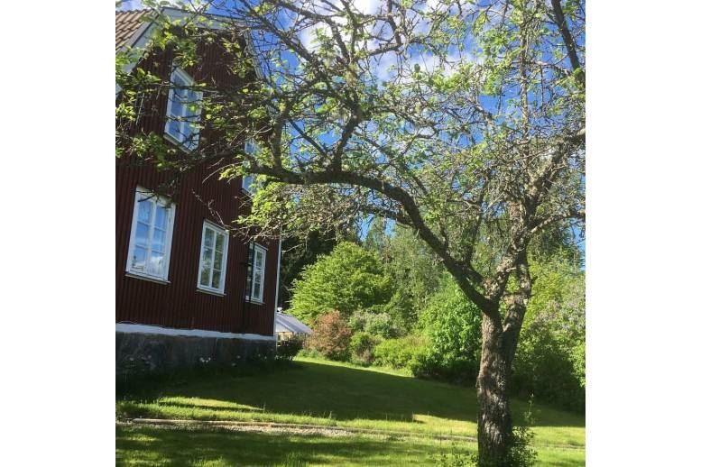 Västra Sund - Lantligt läge mellan Arvika och Koppom vid Glafsfjorden