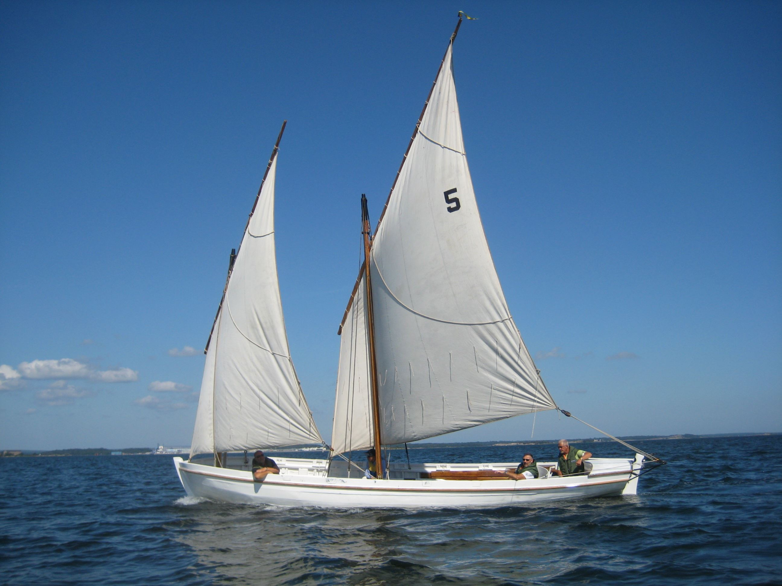 Sail with the wooden boats from the 19th century