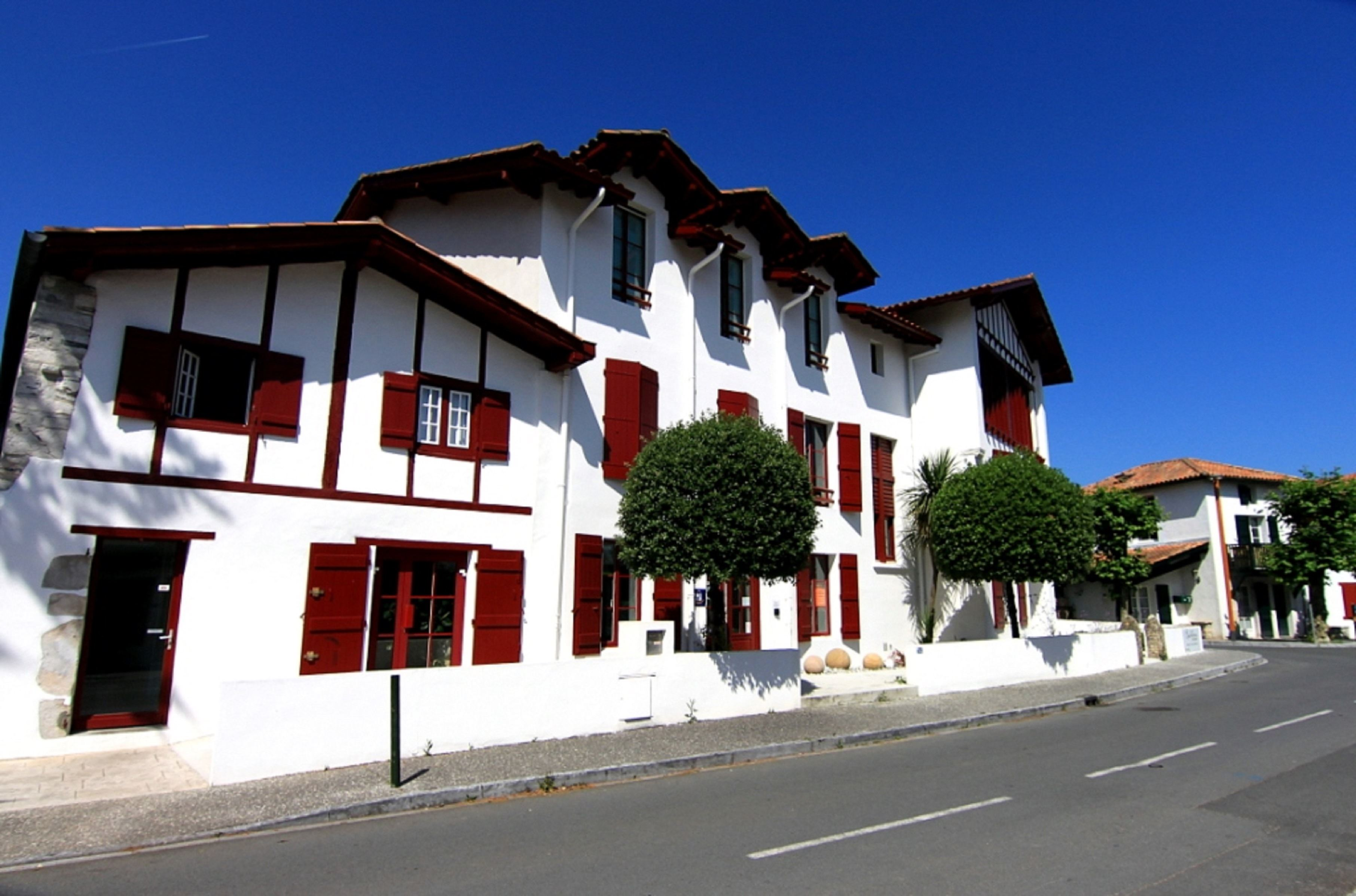 Hôtel Briketenia