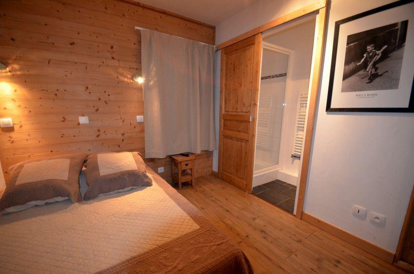 10 Rooms 16/18 Pers / CHALETS DE LA VILLETTE 12