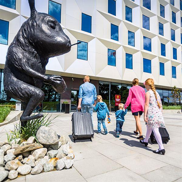 Superpakke: Kongeparken + Clarion Hotel Air + Museumsbillett