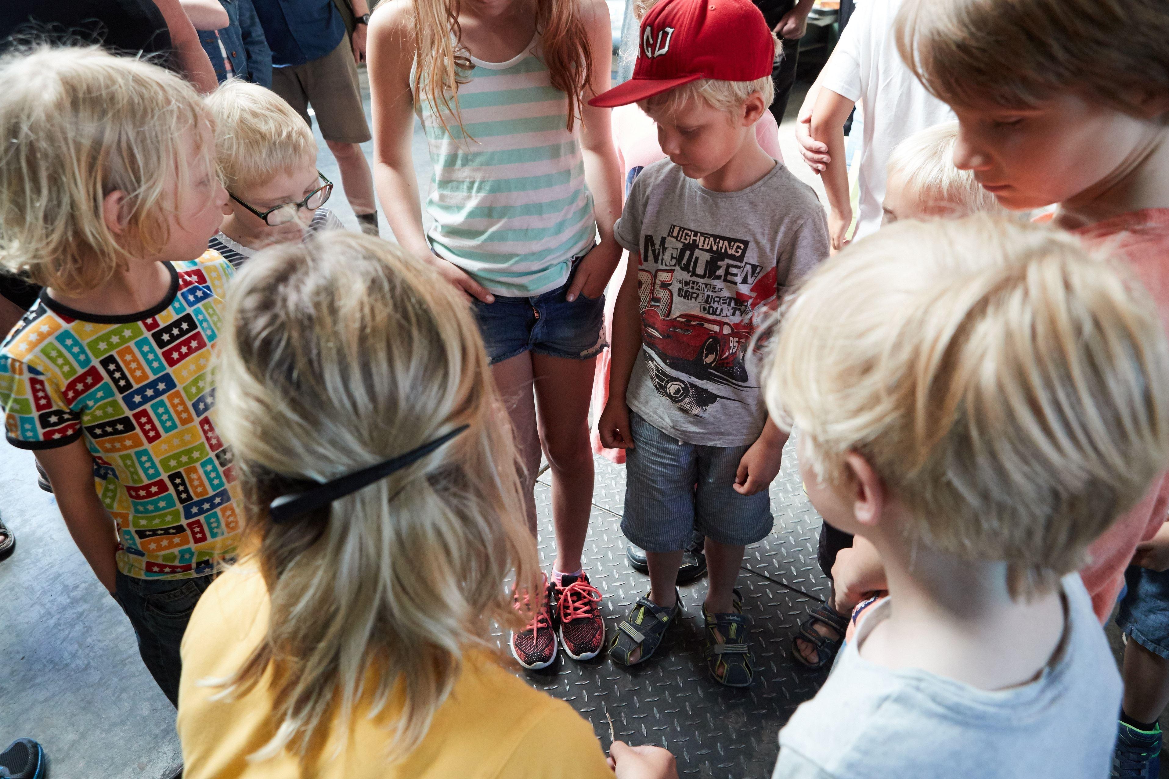 Barnvisning på Gunnarshögs Gård
