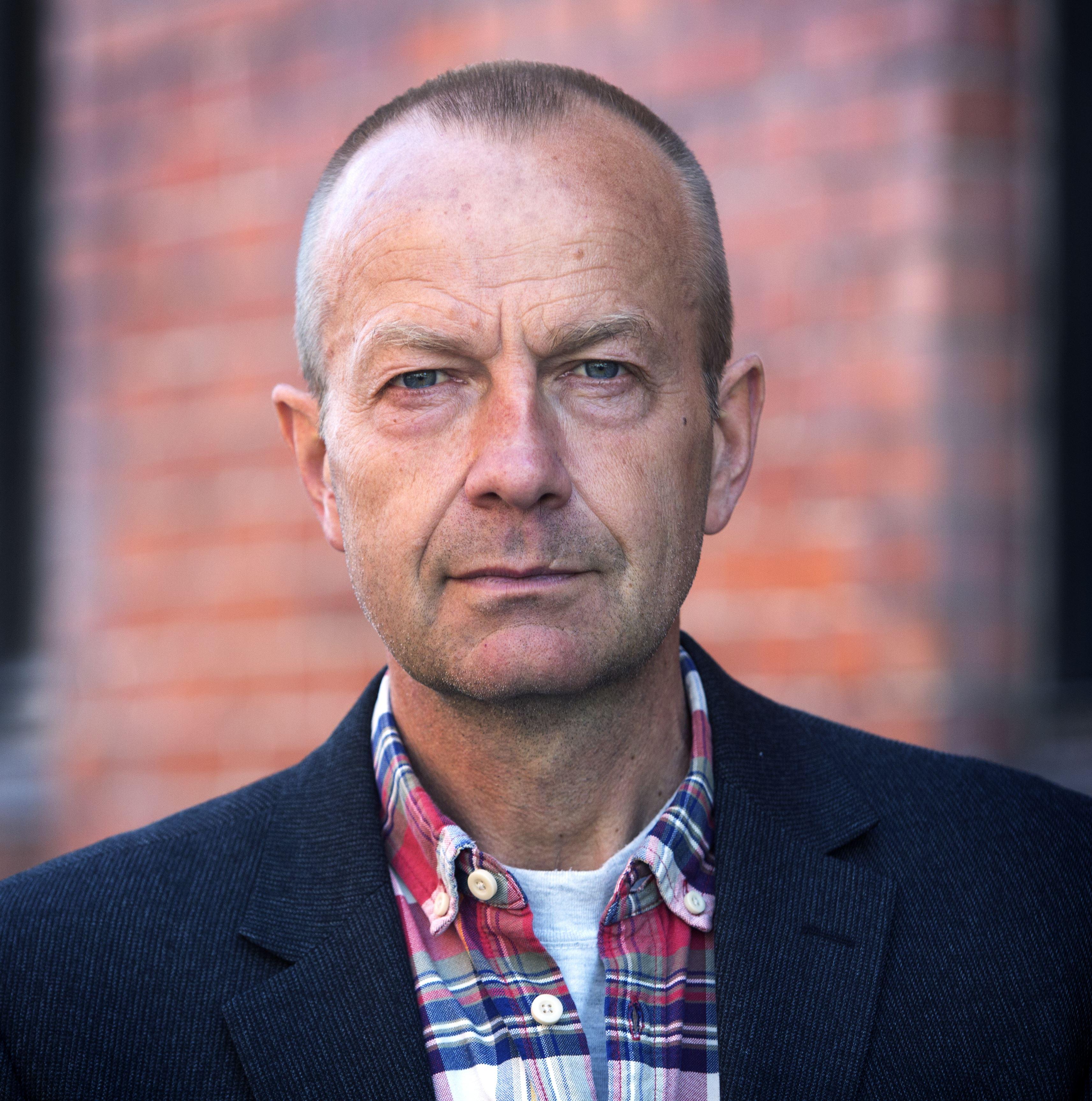 Thomas Löfqvist, Litterärt gästabud med Olle Lönnaeus och Eva F Dahlgren - FÖRLÄNGD BILJETTFÖRSÄLJNING T.O.M 22 NOVEMBER KL. 19.00