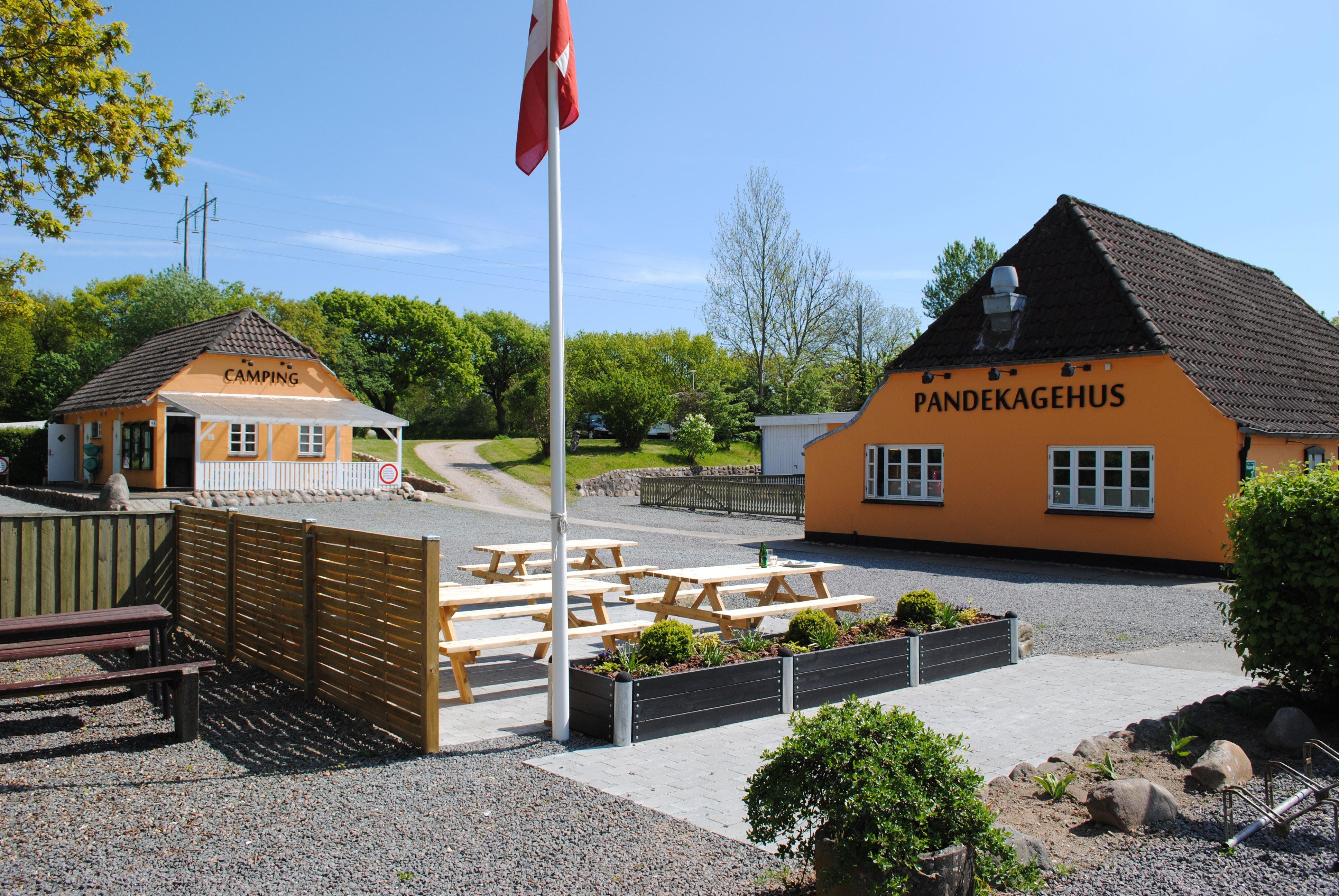 Genner Hoel Camping - Hytter