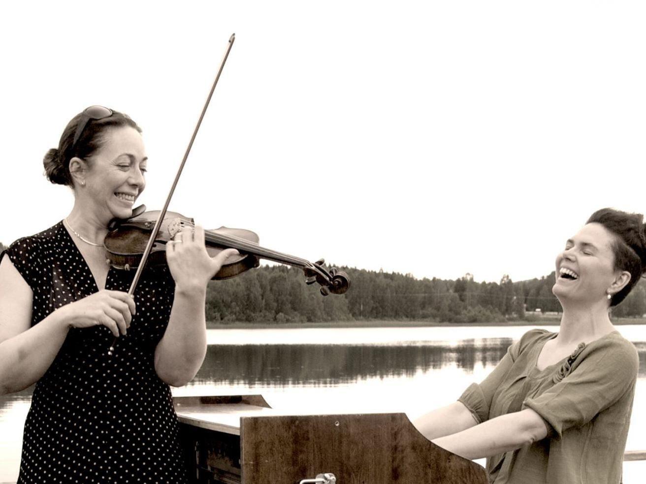 Kristina Bergström & Thuva Härdelin