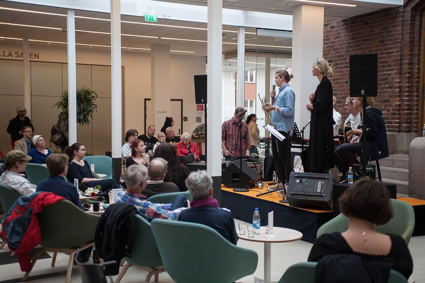 Fotograf: Kristianstads kommun, Stefan Sjölund, Musikhäng med lokala musiker