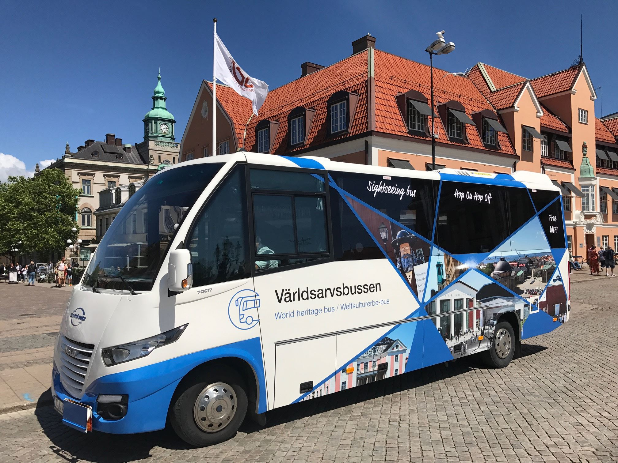 Världsarvsbussen i Karlskrona, en sightseeingbuss