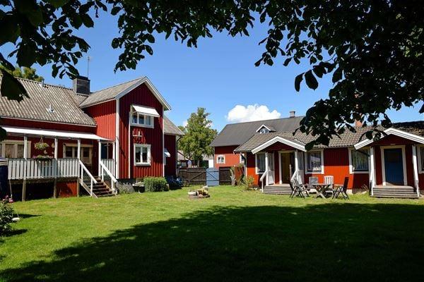 Alvaret Hotel & Hostel