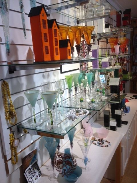Helgeland Reiseliv ,  © Husfliden Mosjøen, Husfliden - A Store for Selected Handicrafts