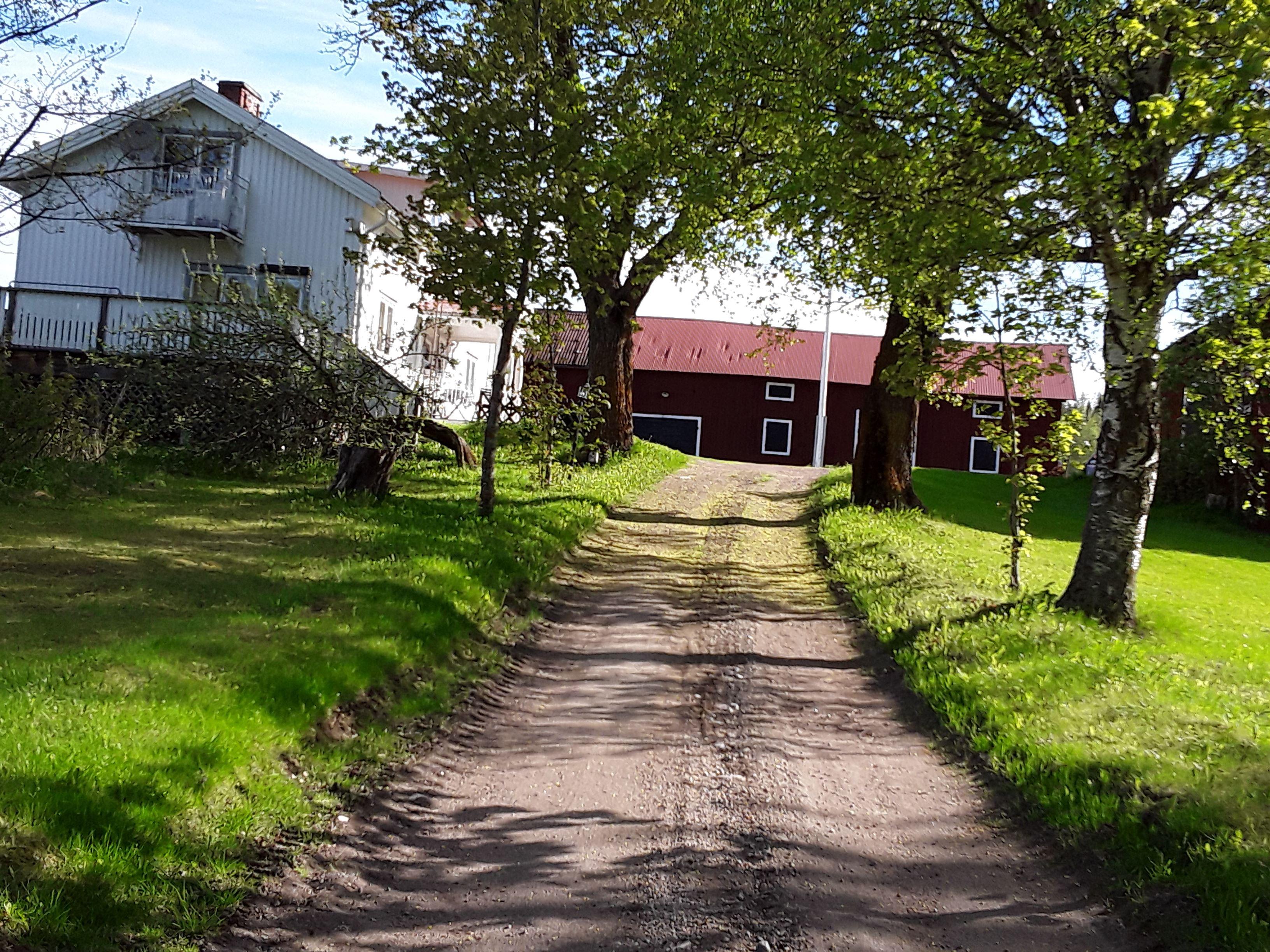 Hus i vackra Svågadalen