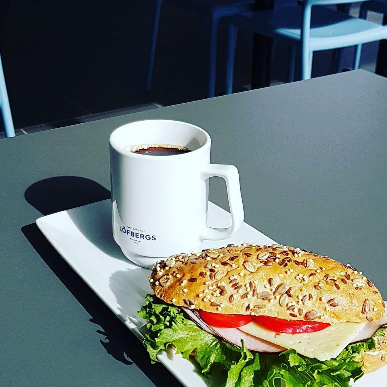 copy: Torvalla Wärdshus,  © copy: Torvalla Wärdshus, Kaffe och smörgås