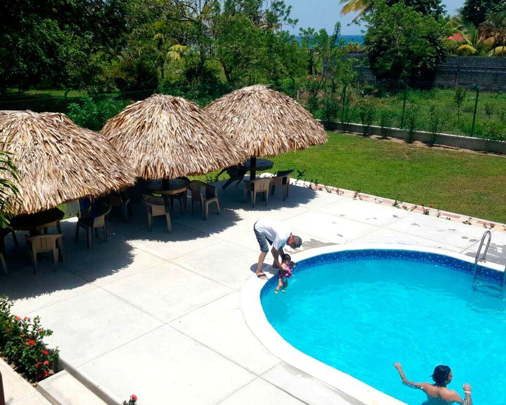 Hotel y Cabaña Playa Caribe