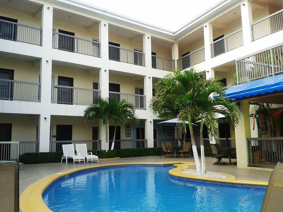 Aparta Hotel Pico Bonito