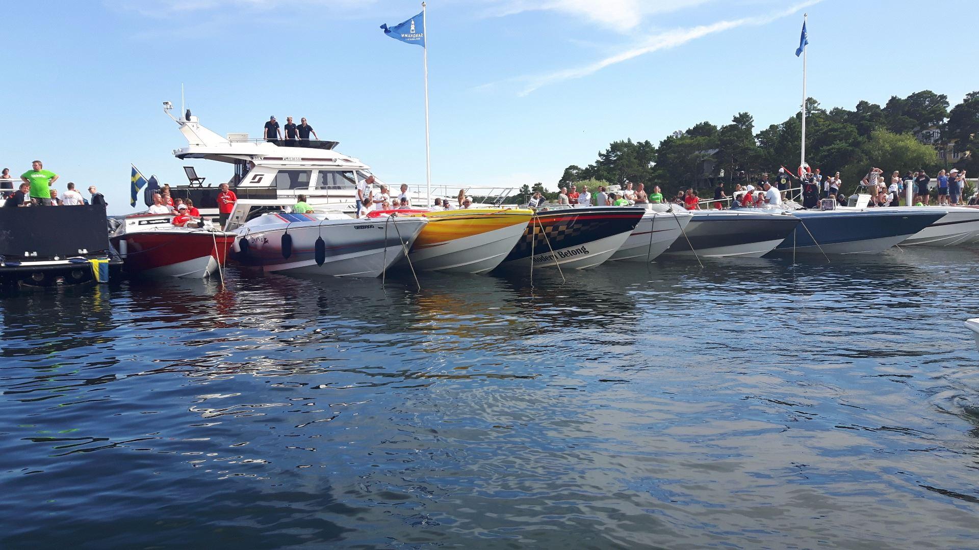 Poker Run in the eastern harbor of Mariehamn