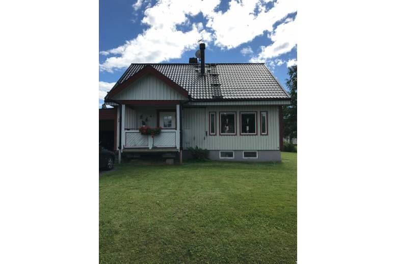 Domsjö - Villa i lugnt naturnära område