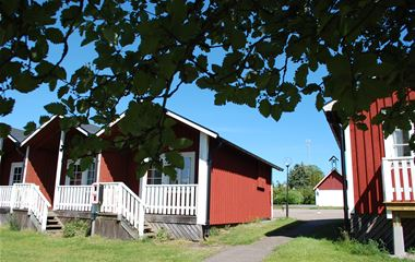 Allégårdens Cottages & camping