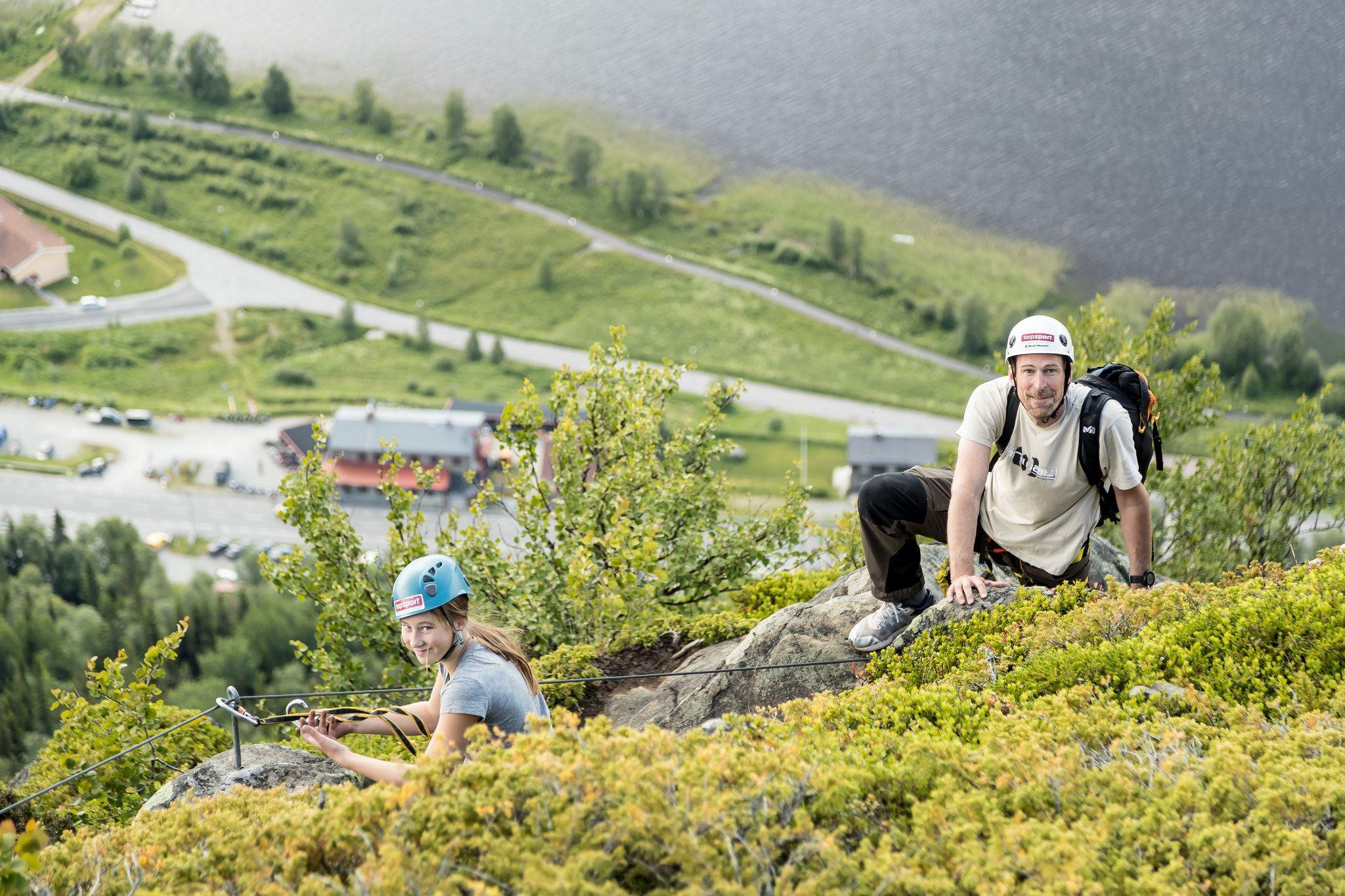 Klättra upp på Funäsdalsberget