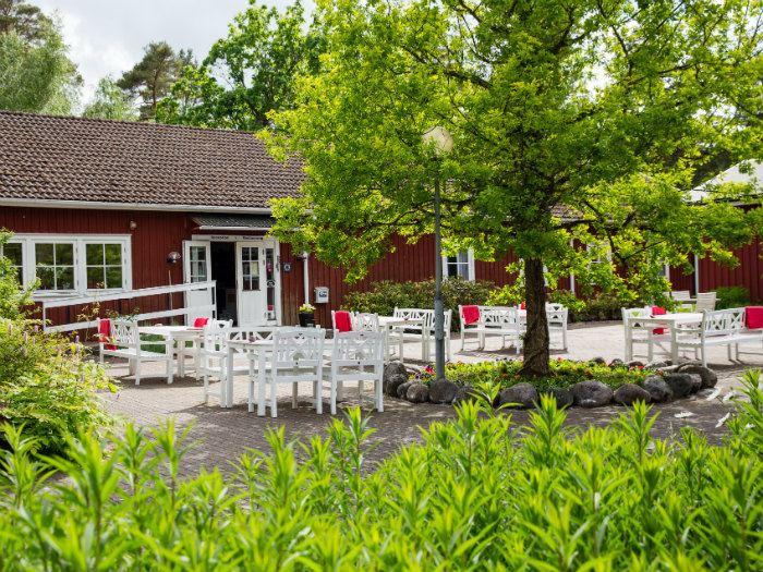 Stora Frögården, STF Hostel