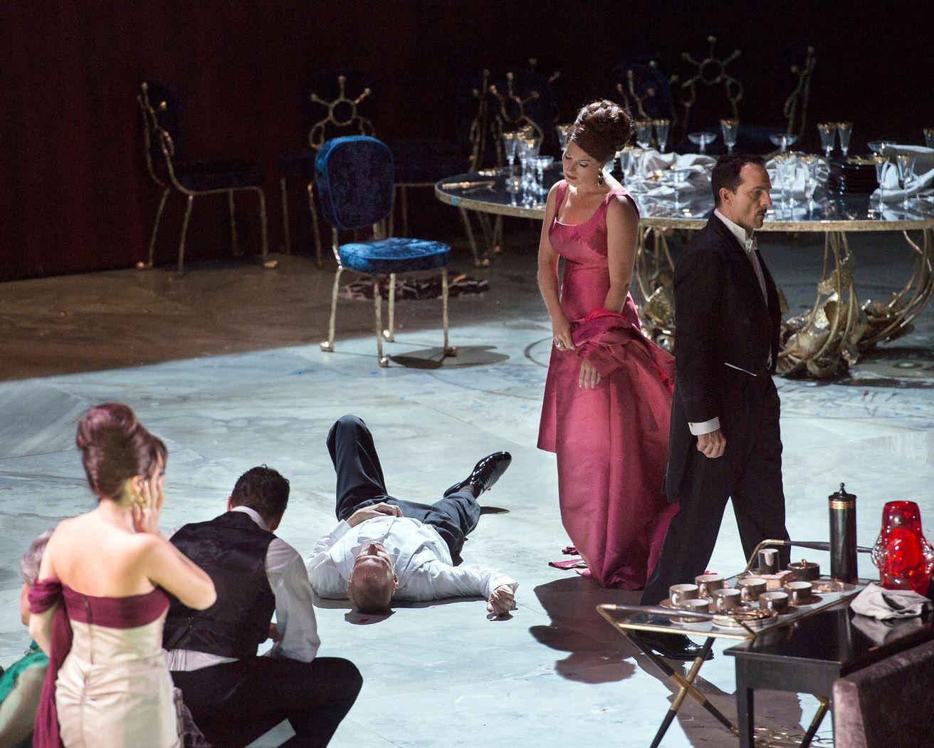 Metropolitanoperan ger Mordängeln