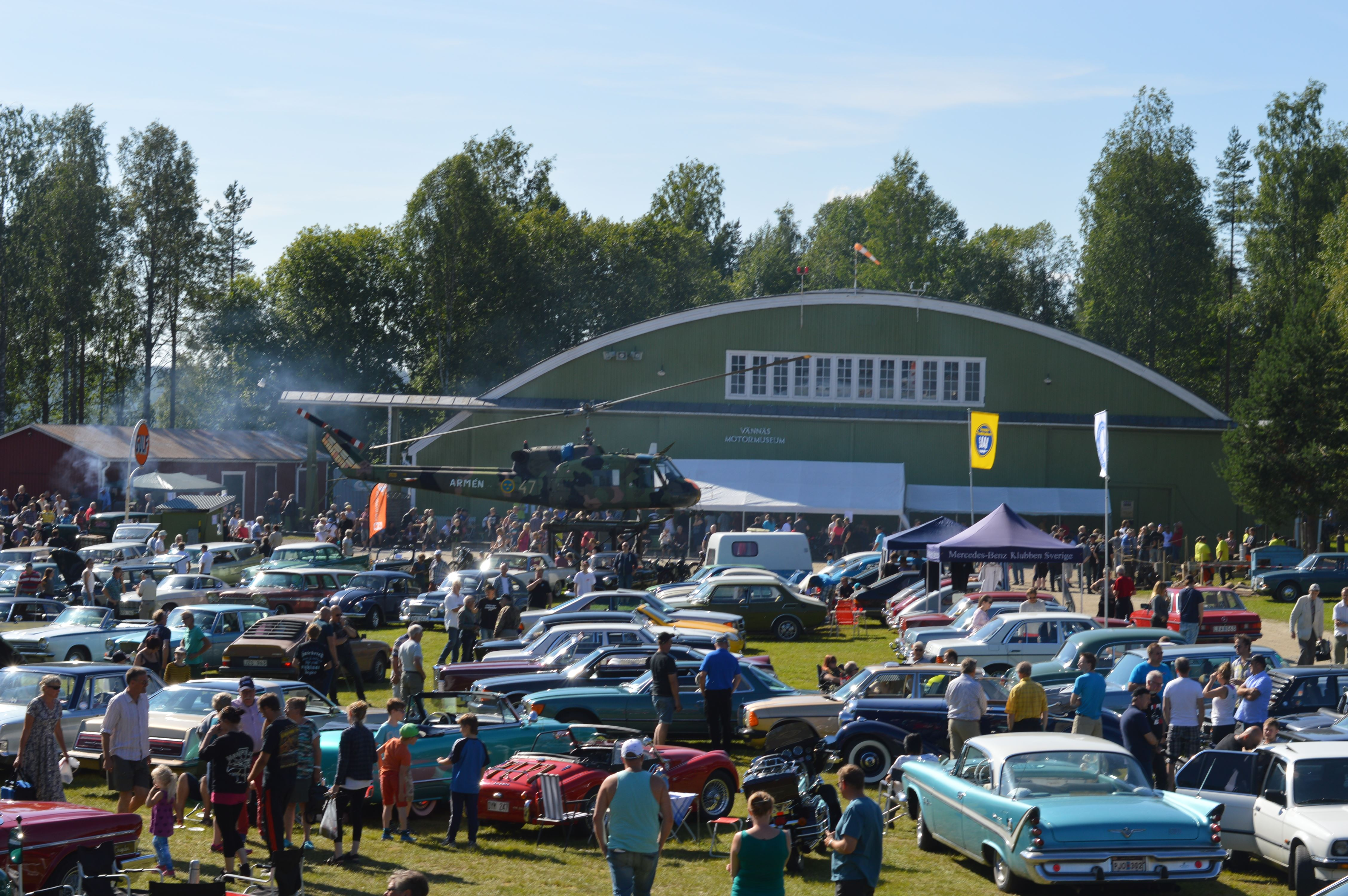 Loppis på Vännäs Motormuseums dag