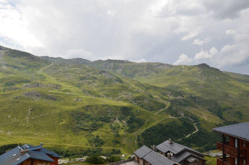 2 Pièces 6 Pers skis au pieds / Necou 817