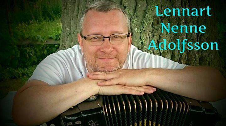 Lennart Nenne Adolfsson - musikunderhållning med inslag av komik
