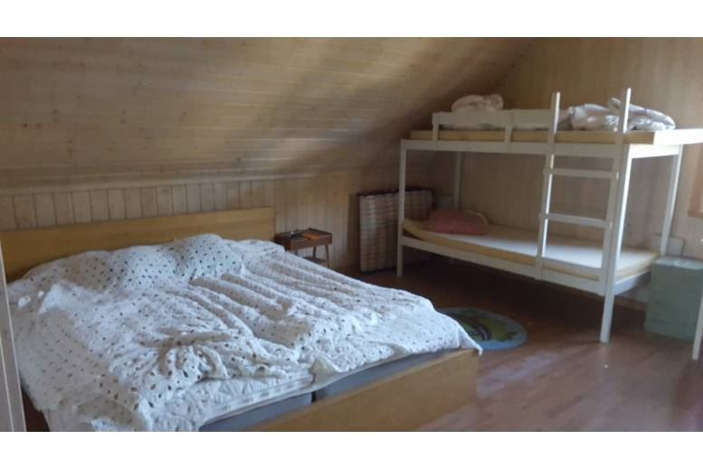 Domsjö - Lägenhet nära centrum med sängplatser, badrum och kokmöjligheter