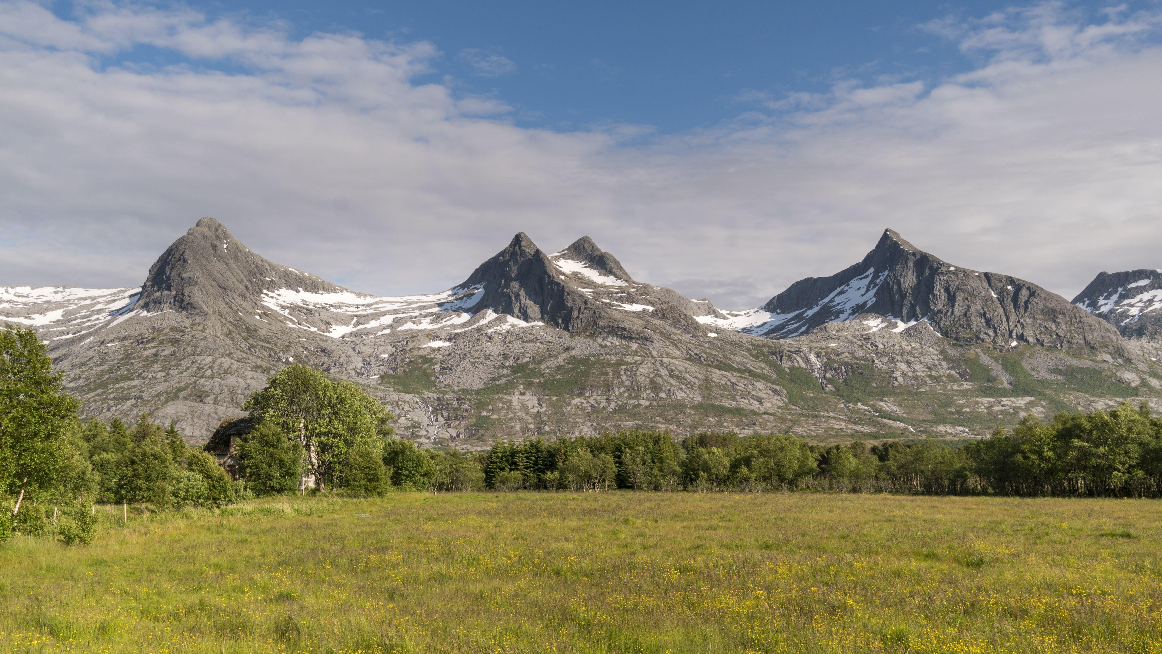 Jan Inge Larsen,  © Helgeland Reiseliv as, De syv søstre