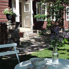 Karin Jarl Nyrén berättar på Café Wahlman