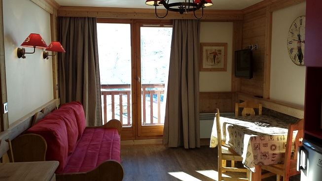 2 Rooms 4 Pers ski-in-ski-out / VALMONT 1215