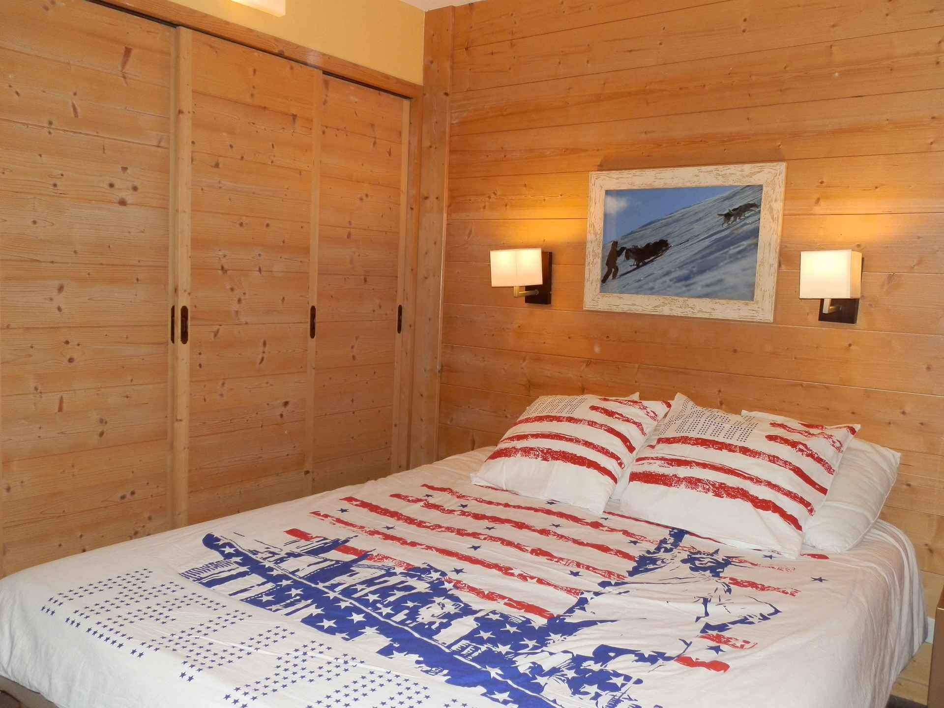 3 Room 8 Pers ski-in ski-out / Aconit 124