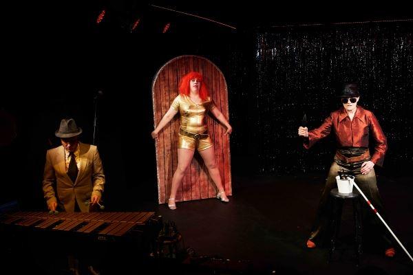 © Robin Skjoldborg, Udspring af Teater Rio Rose på Teatret Masken.