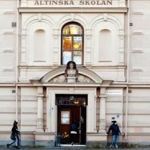 Altinska school