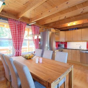 Cabin with 2 bedrooms