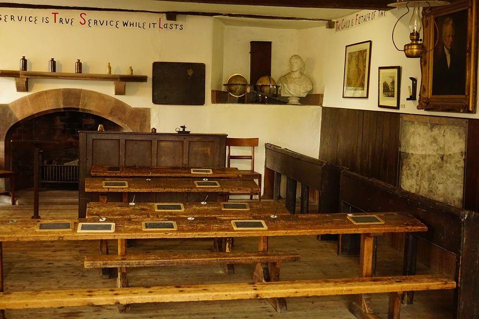Folkskola,  © Folkskola, Utställning på Kulturpunkten