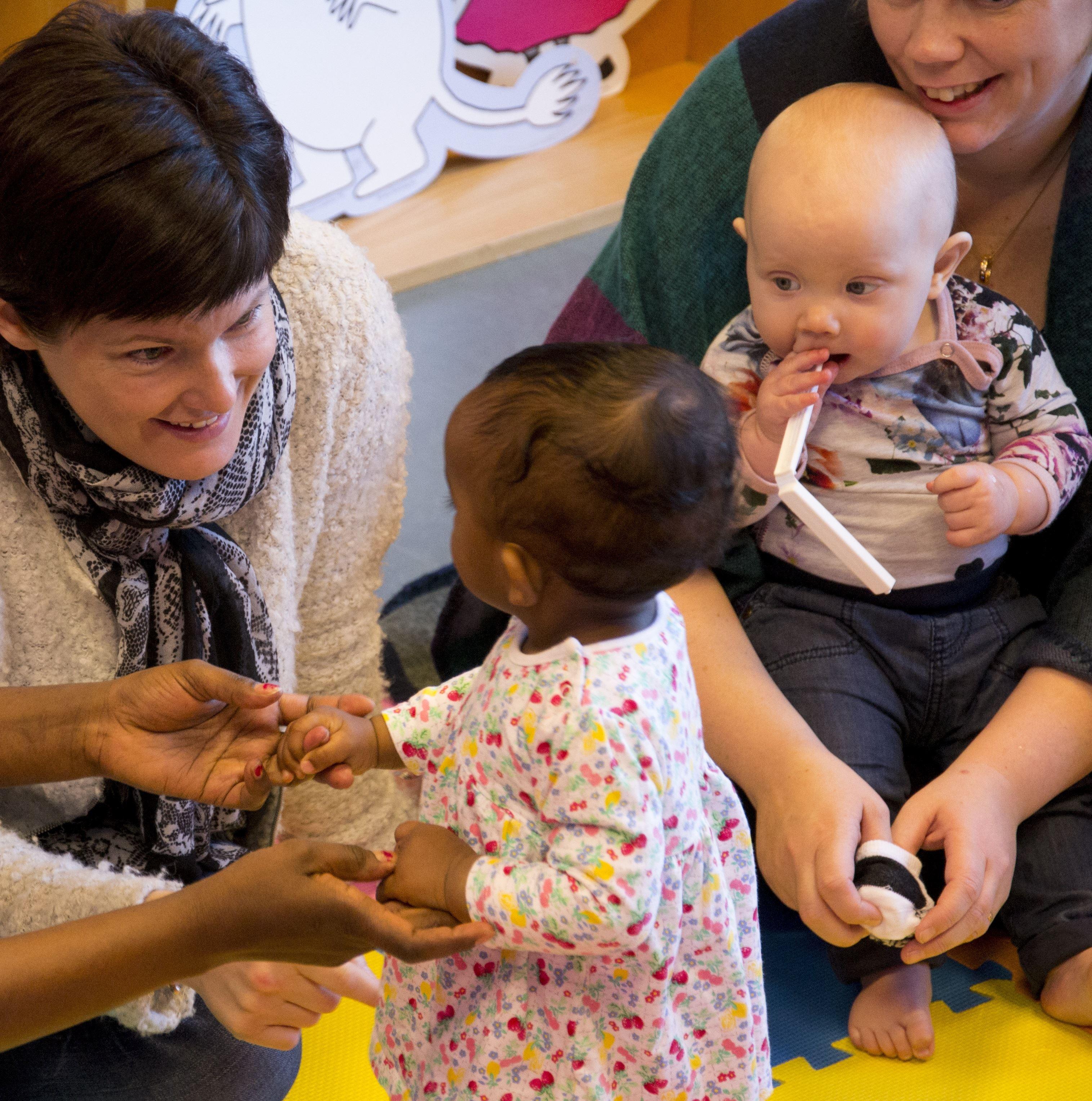 Svenska med baby – för dig som är föräldraledig