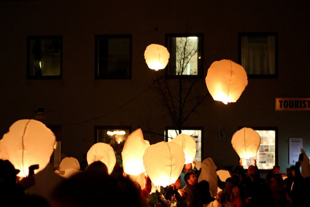 A night of ghosts and burning candles in Sollefteå (copy)