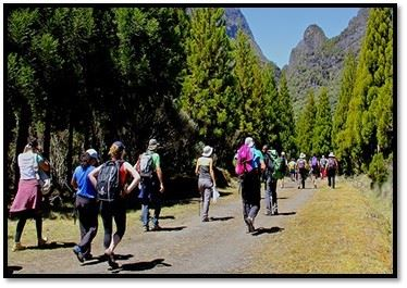 "Hike lasting 2 days / 1 night ""La Boucle des Pitons"""