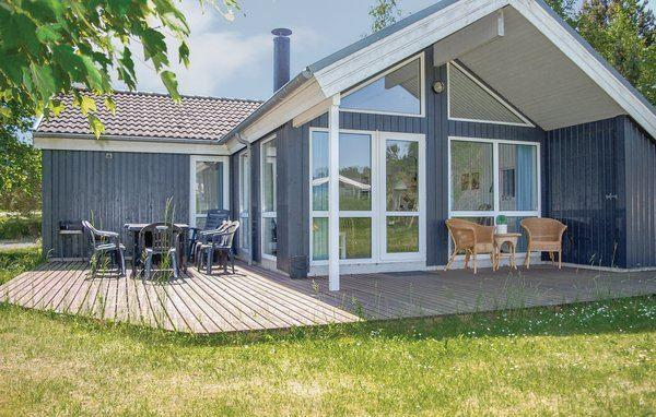 Lyngsbæk Strand - D16270