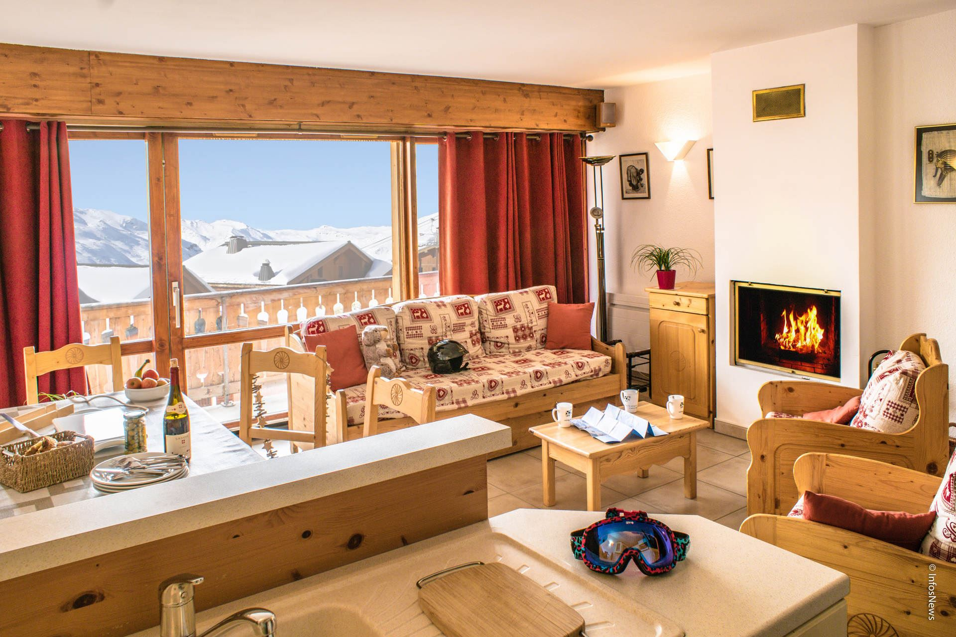 BEAU SOLEIL 8 / 3 ROOMS 6 PEOPLE TYPE A GRAND COMFORT - 4 SNOW FLAKES SILVER - VTI