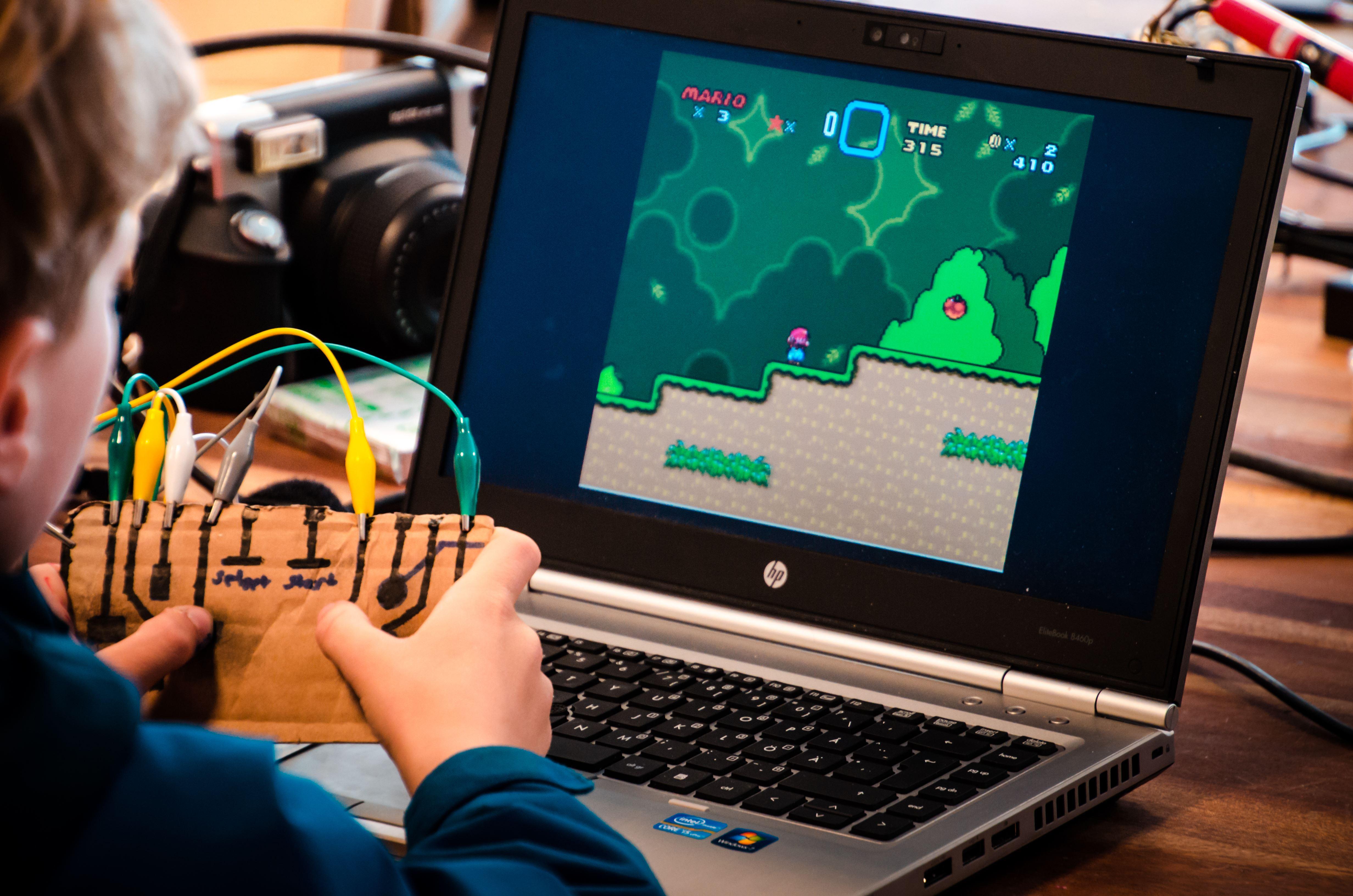 Yazan Smadi, Makerspace - en kreativ verkstad för alla åldrar!