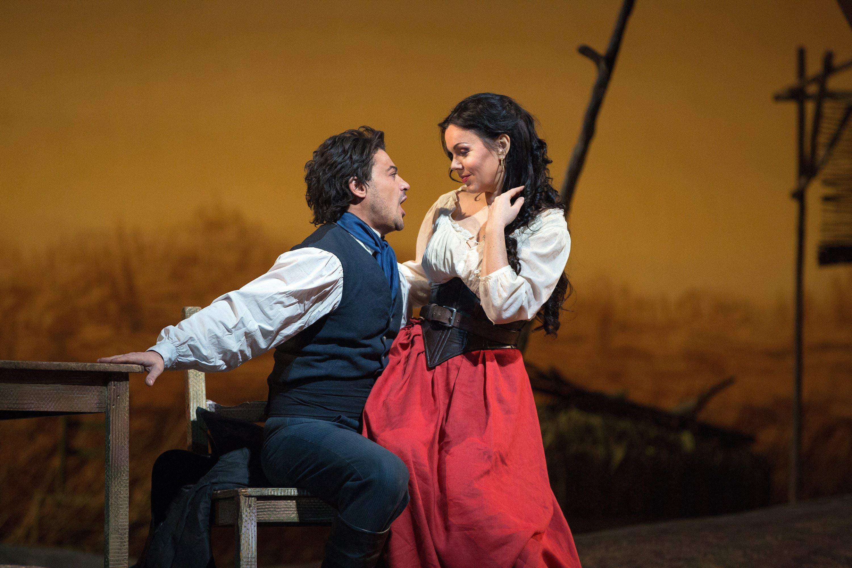 Opera - Kärleksdrycken