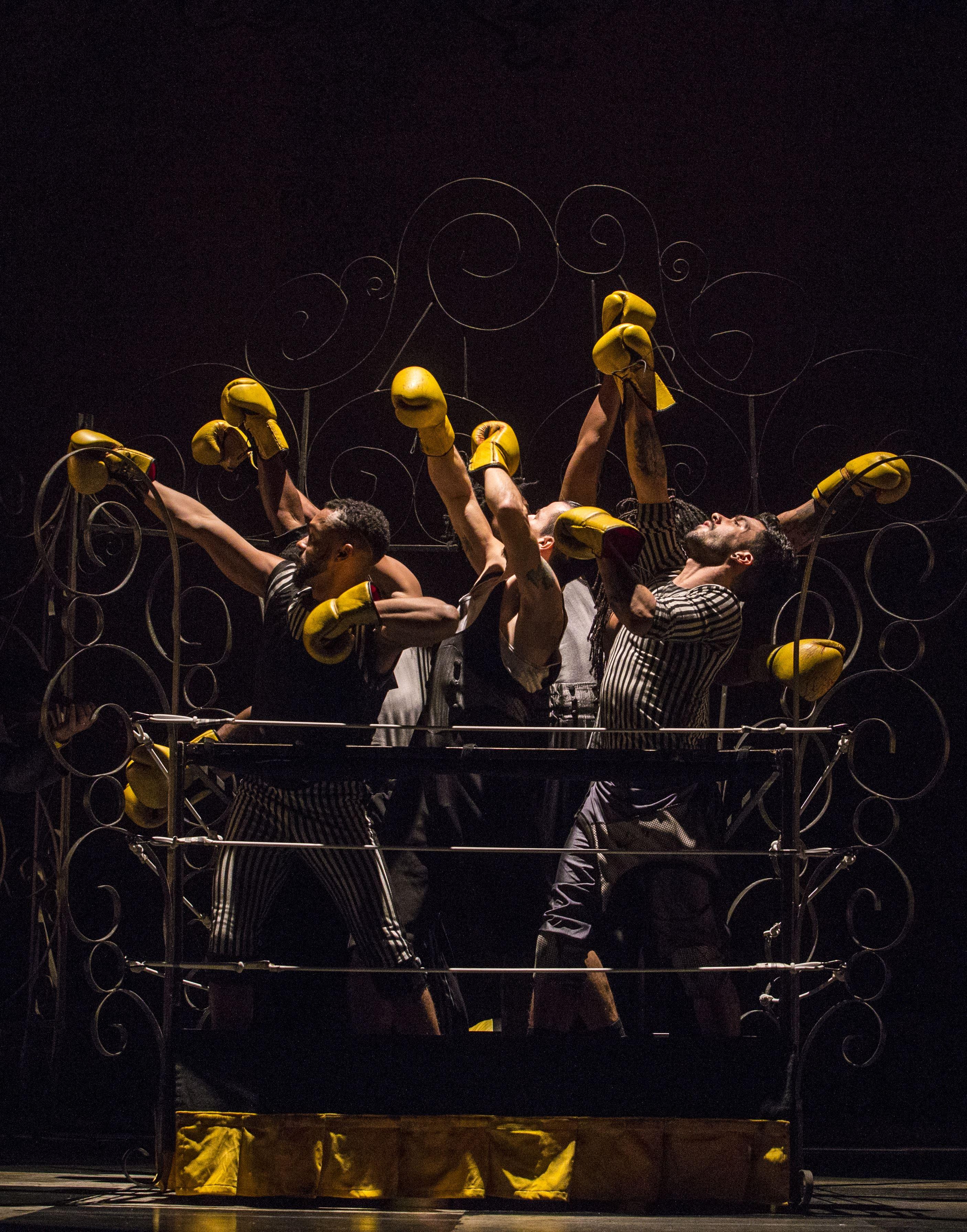 Boxe Boxe Brasil / Mourad Merzouki - Montpellier Danse