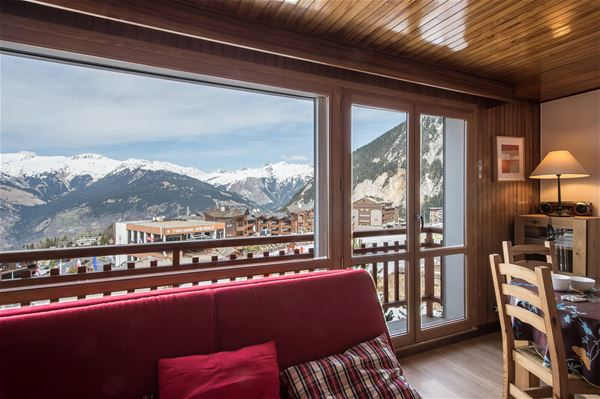 1 studio 4 people ski-in ski-out / RESIDENCE 1650 25 (Mountain of Charm)