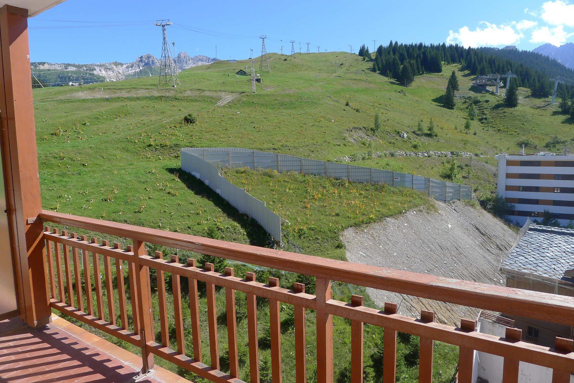 Studio 4 people ski-in ski-out / RESIDENCE 1650 26 (mountain of charm)