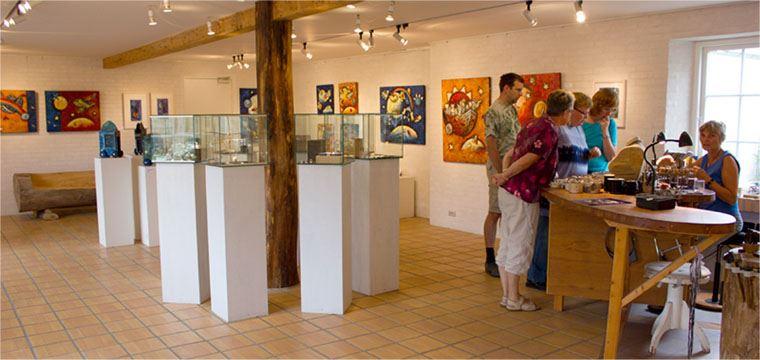 Ausstellung in der Galerie Arleth - Wundersame Fische und andere Existenzen