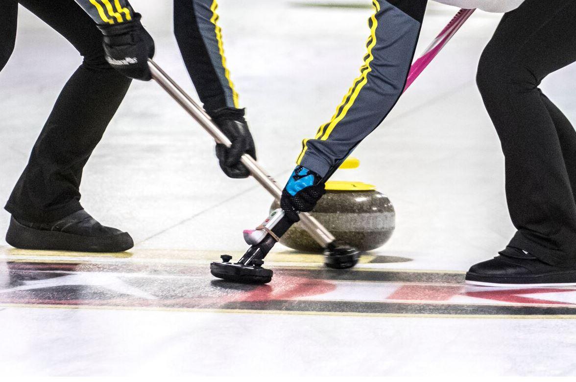Curling - VM i Mixed Dubbel och  VM för Seniorer