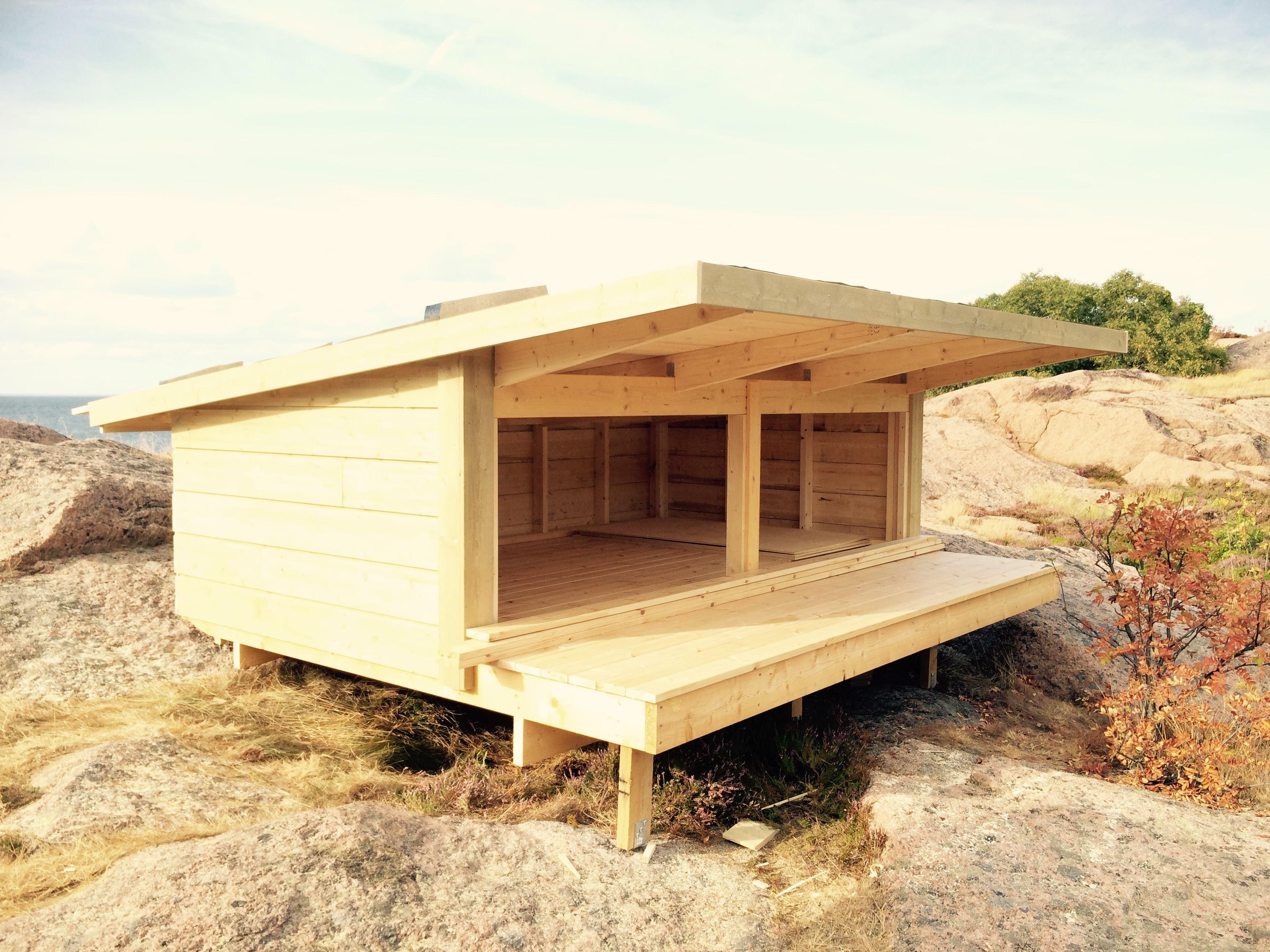 Übernachtung im Unterstand auf der Insel Blå Jungfrun