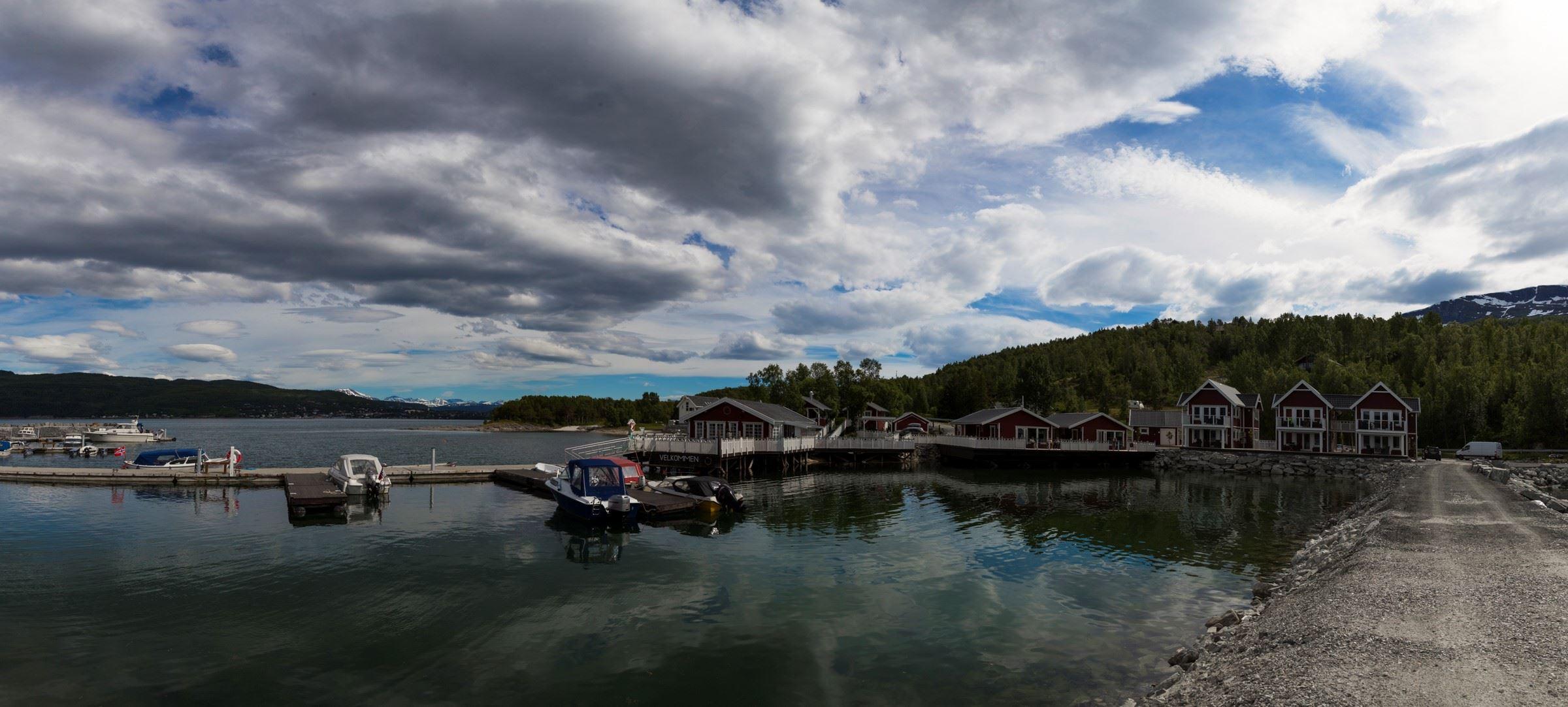 Hans Sverre Woll,  © Hans Sverre Woll, Garsnes Brygge småbåthavn