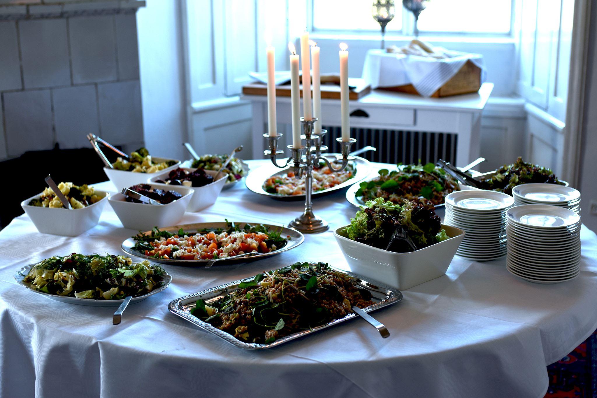 Svaneholms slottsrestaurang, Njut av god mat och dryck i de svenska smakernas melodi